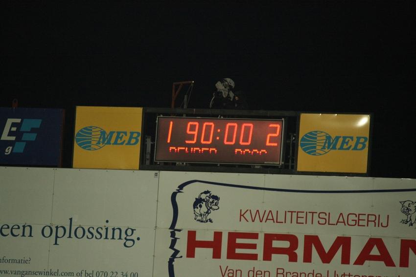 FCV Dender EH - R.Charleroi.S.C. [Photos] 1-2 090517122447533123673990