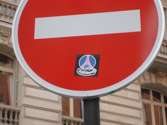 """Stickers """"Partout/Toujours"""" (Photos/débats) - Page 20 090524084028677313725756"""