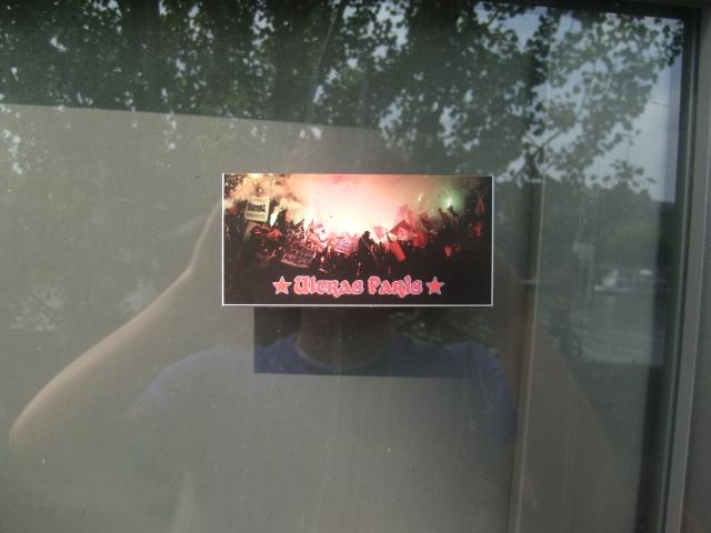 """Stickers """"Partout/Toujours"""" (Photos/débats) - Page 20 090524084134677313725763"""