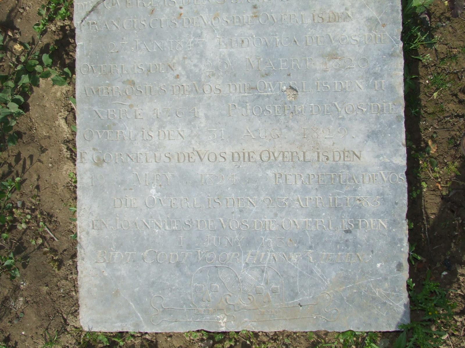 Frans-Vlaamse en oude Standaardnederlandse teksten en inscripties - Pagina 2 090530051122440053763099