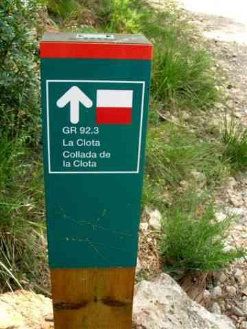 Collada de la Clota - ES-B-0415a (Borne GR directionnelle)