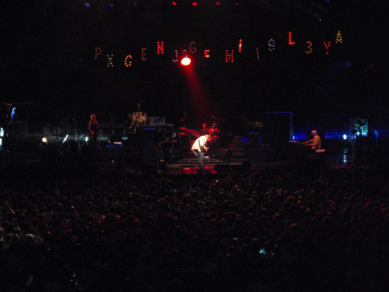 Neil Young 090606112726309493817856