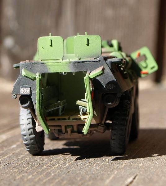 VAB 4x4 infanterie HELLER 1/72 (2°REI) 090612084103496173854981