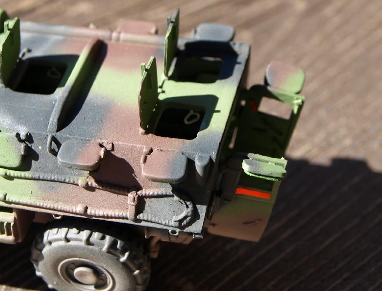 VAB 4x4 infanterie HELLER 1/72 (2°REI) 090612084232496173854995