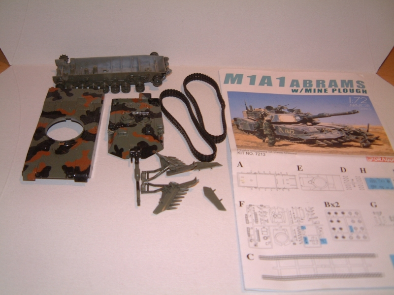 M1A1 with mine plough (1/72 DRAGON) 090619100604588623905699