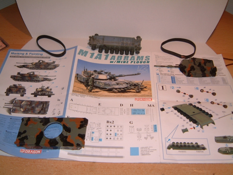 M1A1 with mine plough (1/72 DRAGON) 090619100608588623905700