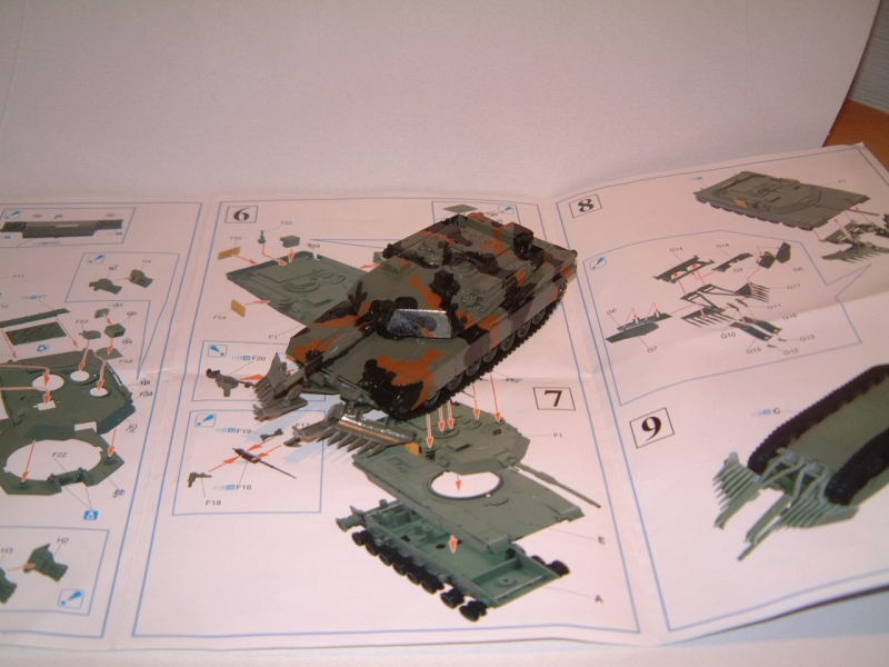 M1A1 with mine plough (1/72 DRAGON) 090619100612588623905701