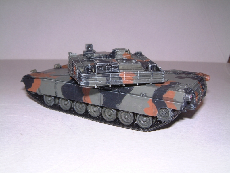 M1A1 with mine plough (1/72 DRAGON) 090621100854588623921330