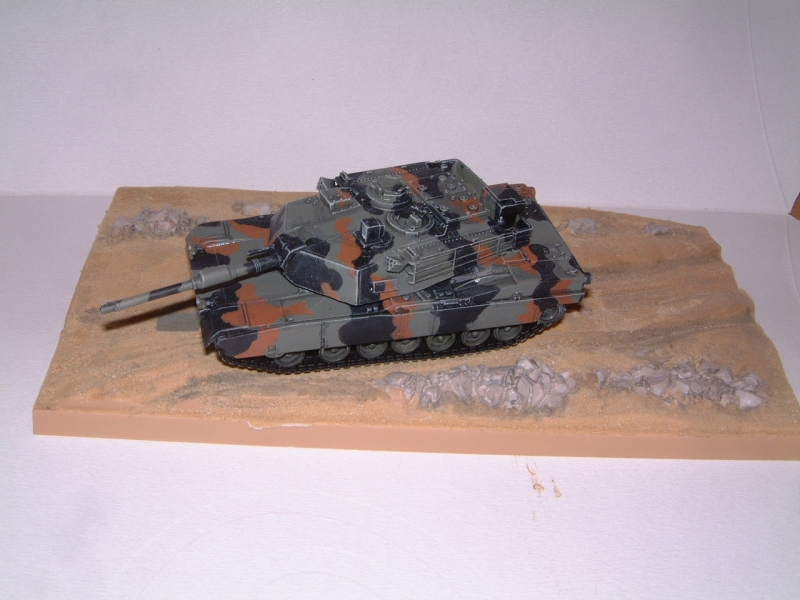 M1A1 with mine plough (1/72 DRAGON) 090621100900588623921331