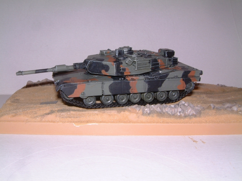 M1A1 with mine plough (1/72 DRAGON) 090621100905588623921332