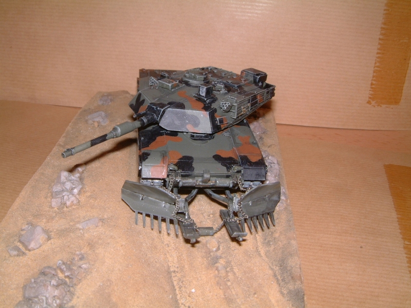 M1A1 with mine plough (1/72 DRAGON) 090629110856588623979116