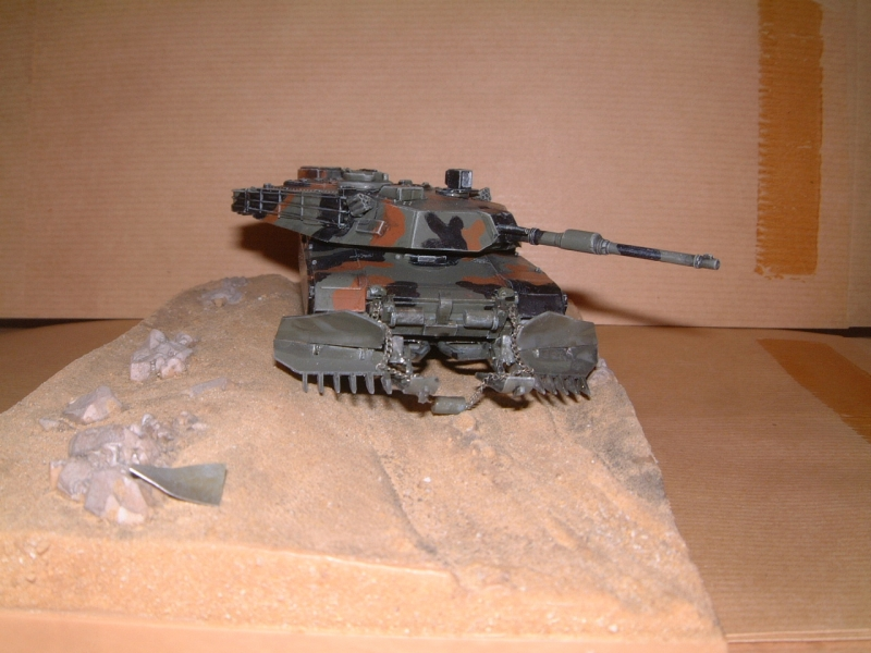 M1A1 with mine plough (1/72 DRAGON) 090629110839588623979111
