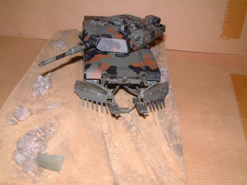 M1A1 with mine plough (1/72 DRAGON) 090629110852588623979115